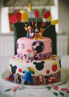 Girls Mickey Mouse Clubhouse cake. — Disney Themed Cakes