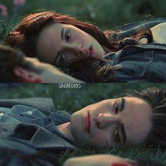✨ favorite meadow scene? • f He Chose Me, Twilight Saga Series, Robert Pattinson And Kristen, Twilight New Moon, Eye Art, Movies Showing, Vampire Diaries, Book 1, Love Story