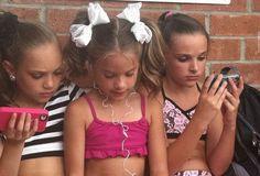 My 3 little girls on their phones!!!! ~ Ari
