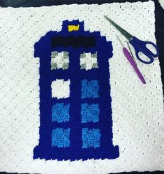 The TARDIS my 2nd graph c2c square. Dr Who blanket is coming. So happy with how…