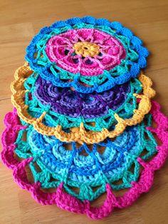 Flower Mandalas ~ free pattern