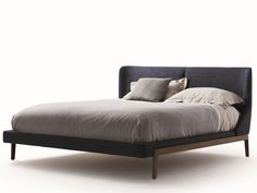 Find out all of the information about the Molteni&C product: double bed / contemporary / with upholstered headboard / fabric FULHAM . Contact a supplier or the parent company directly to get a quote or to find out a price or your closest point of sale. Bedroom Furniture, Home Furniture, Furniture Design, Cheap Furniture, Modern Furniture Online, Leather Headboard, Cool Bunk Beds, Bunk Bed Designs, Italian Furniture