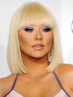 Christina Aguilera makeup in American Movie Awards 2012