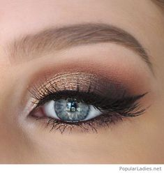 gold-and-brown-eye-makeup-for-blue-eyes