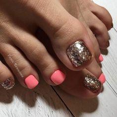 36 The Trend Toe Art Nail Designs In Summer - Allerecipe Gel Toe Nails, Glitter Toe Nails, Feet Nails, Toe Nail Art, Black Toe Nails, Pretty Toe Nails, Cute Toe Nails, Pretty Toes, Toe Nail Color