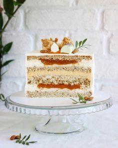 "Торт ""Абрикос-Шоколад-Миндаль"" Dessert Cake Recipes, Easy Cake Recipes, Sweet Recipes, Fancy Desserts, Sweet Desserts, Chocolate Pudding Desserts, Chocolate Graham Crackers, Individual Cakes, Cake Business"