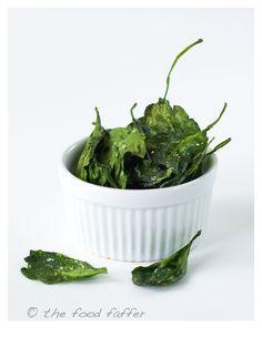 oven-baked spinach chips-I love kale chips so will have to try these!!