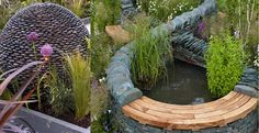 Ideas for a raised water feature stone spehere with dry stone wall surround. Back Gardens, Small Gardens, Outdoor Gardens, Raised Pond, Sensory Garden, Dry Stone, Earth Design, Water Features In The Garden, Small Garden Design