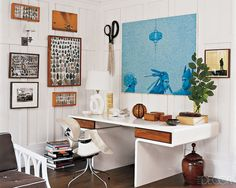 Love the lines of this fabulous desk!