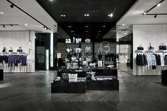 karl lagerfeld store in beijing by plajer & franz studio