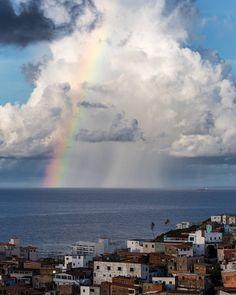 Sélection Instagram #82 // © Victor Lima // Retrouvez la sélection complète sur le site de #FisheyeLeMag ! #instagram #curation #photo #photography #carrémentcanon #salvador #bahia #Bresil #Brazil #rainbow #city #travel #travelphotography #photooftheday #picoftheday #potd