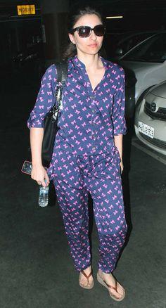 Soha Ali Khan at the Mumbai airport. #Bollywood #Fashion #Style #Beauty