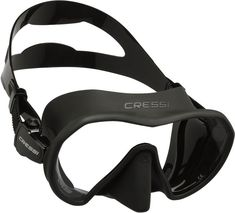 FRAMELESS DIVE MASK FRAMELESS TECHNOLOGY CRESSI MICROMETRIC ADJUSTABLE BUCKLE TEMPERED GLASS Z1 is a frameless mask that boasts a low internal volume while offering a wide field of view in all directions The specific design uses the assembly of the silicone skirt directly over the single glass This system guarantees great sturdiness and a perfect watertight seal The lower weight of the mask makes it ideal for travel The flexible fit and reduced drag Scuba Diving Mask, Dive Mask, Gadget Gifts For Men, Unicorn Hair Color, Scuba Diving Equipment, Mens Designer Shirts, Scuba Gear, Mask Online, Vintage Cameras