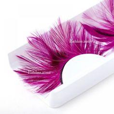 False Eyelashes Tips, Applying False Eyelashes, Natural Eyelashes, Fake Eyelashes, Eyelashes Makeup, Flutter Eyelashes, Cosmetic Courses, Red Feather