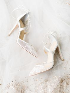 Calling all shoe lovers, we are sharing our top 10 Bella Belle picks with you! http://www.stylemepretty.com/2017/04/05/our-top-10-bella-belle-shoe-picks-for-your-big-day/ #sponsored