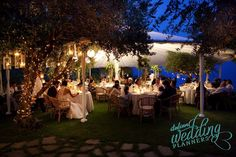 Fine Italian food is key when planning a wedding in Cinque Terre. For us Italian wedding planners it should look beautiful, taste delicious and be plentiful.