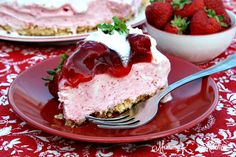 No-Bake Strawberry Ice Cream Cake | Mommy's Kitchen | Bloglovin'
