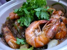 I like the taste of this dish, the main cast of this dish is actually the tang hoon but I added more prawn than the amount stated in the ori...