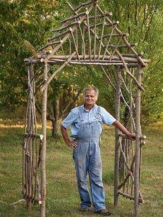 Делаем опору в виде ворот из прутьев своими руками!!!