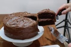 Easy Moist Chocolate Cake: 10 Steps (with Pictures) Easy Moist Chocolate Cake, Homemade Chocolate Buttercream Frosting, Desserts To Make, Cake Recipes, Yummy Recipes, Cake Decorating, Yummy Food, Healthy Food, Sweets