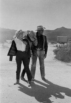 Marilyn Monroe and Clark Gable on the set of The Misfits. 1960 by eve arnold