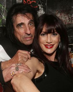 Barbara found this pic on IMBD's website of Alice and his lovely wife at the Tribeca Film Festival 2014 Alice Cooper, Johnny Depp Pictures, Goth Music, Tribeca Film Festival, Rock Artists, Badass Women, Glam Rock, Concert Posters, Music Bands