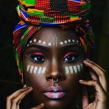 african beauty Fashionista Joy Adaeze with a JBL ClutchThe Zen Magazine recently posted their top 9 African Designers. That list got me thinking regarding who are my top African Designe African Tribal Makeup, African Beauty, African Fashion, African Tribal Girls, Tribal Women, African Women, African Design, African Art, African Prints