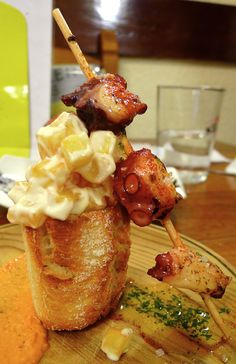 Pulpo y patatas bravas - Taberna Dardara
