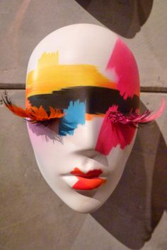 Hans Boodt, mannequin make-up, pinned by Ton van der Veer