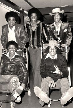 The Jackson Five, Randy Jackson, Michael Jackson Pics, Jackson Family, Tito Jackson, Gorgeous Black Men, Black Couples Goals, The Jacksons, Diana Ross