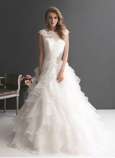 Ball-Gown Scoop Neck Sweep Train Organza Wedding Dress With Lace Beading Cascading Ruffles
