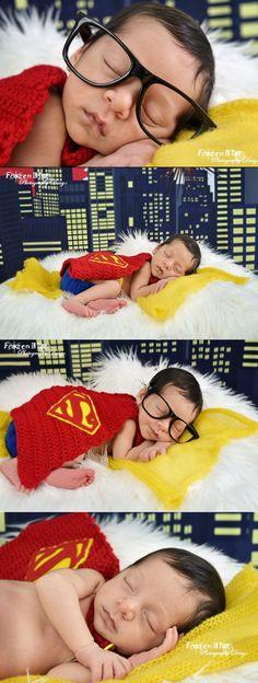 Baby Clark Kent. Newborn photography. Superbaby. Superman. DC Comics. Baby photography. Newborn photoshoot. Superhero photoshoot. Superhero pictures. Baby superhero. Marvel. Frozen in time photography design. Frozenintimephotographydesign, south Florida photographer