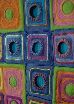 <3 Art Quilts <3 by Kathy York <3 - oh my! oh my! oh my! <3 what an inspiration! <3 I luv the 3D effect and the colors work sooo well together! <3 yup! I could go on and on and ...
