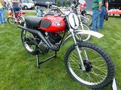 """OldMotoDude: 1967 Kawasaki on display at 2016 """"The Meet"""" --. Motorcycle Dirt Bike, Motocross Bikes, Vintage Motocross, Dirt Biking, Racing Motorcycles, Vintage Motorcycles, Vintage Racing, Kawasaki Dirt Bikes, Japanese Motorcycle"""