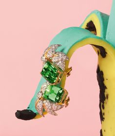 Alexandra Bruel's Shoot To Thrill For Vogue UK December 2012   Trendland: Fashion Blog & Trend Magazine