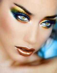Fashion Designer  By Sema Irmak: Farklı    makyaj.... gözlerde    gökkuşağı   renkl...