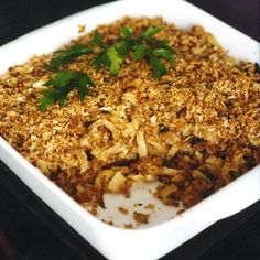 Crunchy Baked Fennel - Sweet roasted slices of fennel topped with herbed bread crumbs make for a fabulous freezer-to-oven side dish. Plus: Ultimate Thanksgiving Guide Fennel Recipes, Vegetable Recipes, Wine Recipes, Vegetarian Casserole, Casserole Recipes, Vegetarian Recipes, Thanksgiving Casserole, Thanksgiving Recipes, Vegetarian Thanksgiving