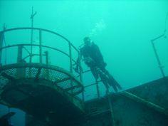 dive the USS Oriskany