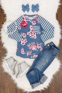Little one outfit are premium quality, relaxed and are also all oh-so-cute! Baby Outfits, Little Girl Outfits, Kids Outfits Girls, Toddler Outfits, Emo Outfits, Little Kid Fashion, Baby Girl Fashion, Toddler Fashion, Kids Fashion