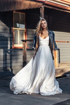 At One Day Bridal we offer an alternative to traditional. We seek to break the rules, creating effortless bridal looks for the modern day bride. One Day is a leading bespoke bridal house in Melbourne, Australia. Edgy Wedding, Perfect Wedding, Dream Wedding, Wedding Dress Casual, Casual Bride, Wedding Skirt, Wedding Rehearsal Outfit, Surf Wedding, Rocker Wedding