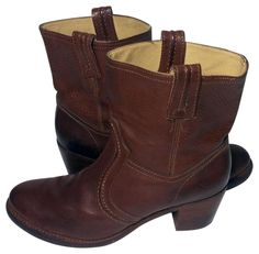 ba9dc6378e7 Frye Red 76400 Jane Trapunto Motorcycle Women s Boots Booties Size US 10  Regular (M