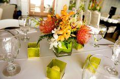 11 Amusing Tropical Wedding Centerpieces Ideas