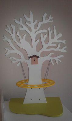 Zo wordt de boom standaard geleverd in mdf zelf te for Houten decoratie boom