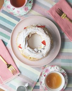 Berries & Cream Puff Ring Recipe by Tasty