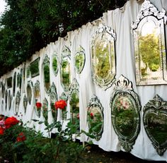 15 Amazing & Unique Ways to Include Mirror in Your Wedding Decor. Your Wedding is About to be the Fairest of them All! (via Style Me Pretty) Venetian Glass, Venetian Mirrors, Reception Decorations, Event Decor, Decoration Party, Wedding Receptions, Versailles, Wedding Outside, Garden Wedding