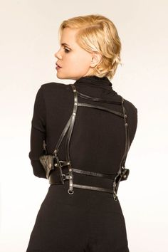 http://www.makelifearitual.com/index.php/accessories/carrying-utilities/base-harness.html