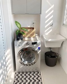 Outdoor Laundry Rooms, Small Laundry Rooms, Home Design Decor, House Design, Laundry Decor, Laundry Room Design, Laundry Room Layouts, Home Decor Kitchen, Minimalist Home