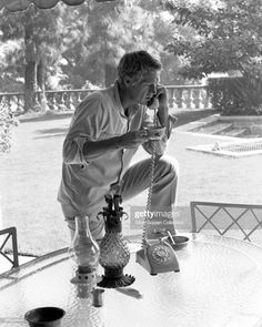 Start the day right.(Steve Mcqueen At Brentwood La Home Drinking Coffee On Telephone) Hollywood Icons, Classic Hollywood, Old Hollywood, Hollywood Actresses, Hollywood Stars, Steeve Mac Queen, Steve Mcqueen Style, Comme Des Garcons, American Actors