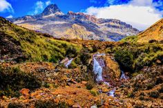 Huascarán National Park is in the Cordillera Blanca, a range of the Andes, in Ancash of central Peru.