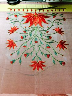 Zardosi Embroidery, Hand Work Embroidery, Embroidery Motifs, Simple Embroidery, Machine Embroidery Designs, Black Blouse Designs, Simple Blouse Designs, Silk Saree Blouse Designs, Bridal Blouse Designs